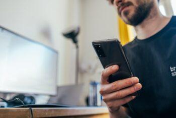 Meu celular não carrega! Confira 8 dicas para resolver o problema