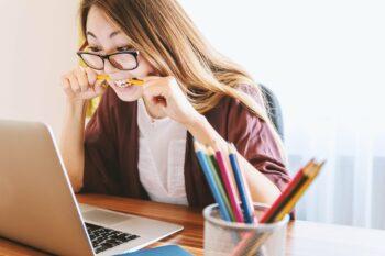 Como saber se está chegando a internet contratada?